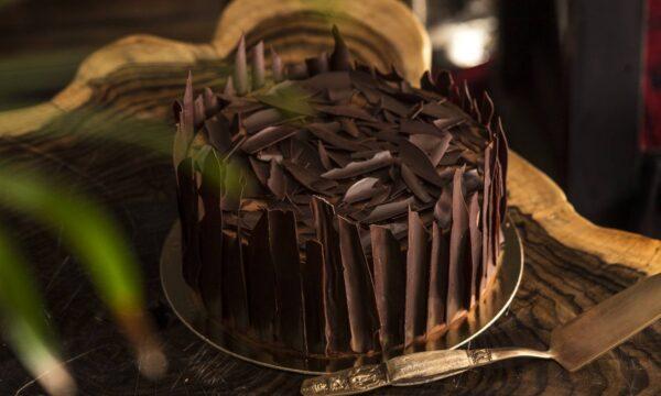 01 BALI WOOD WILD CAKE