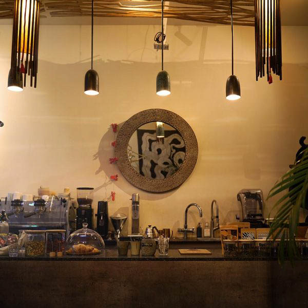 bali-wood-cafe-main-image-06